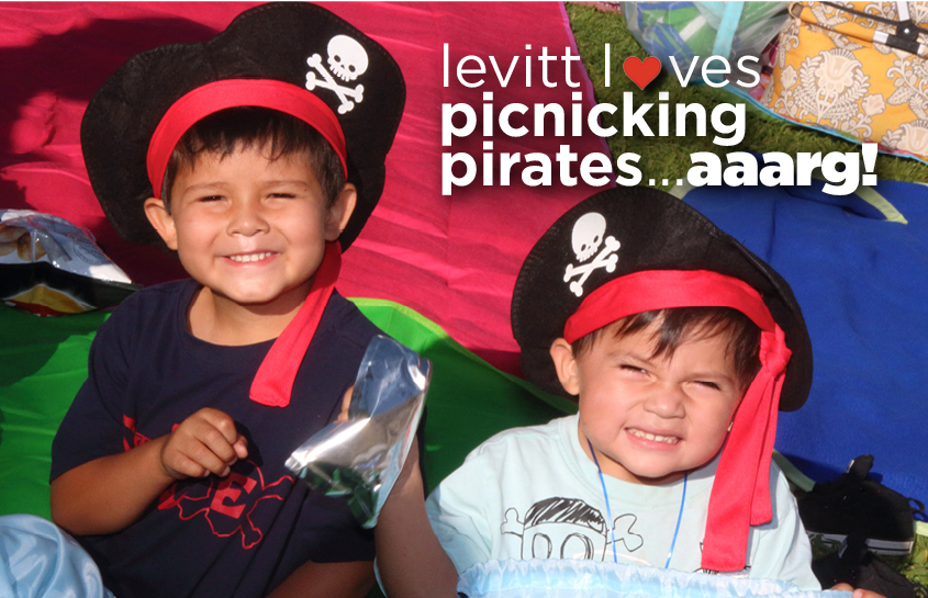Picnicking Pirates_1