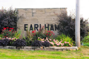 Earlham-sign
