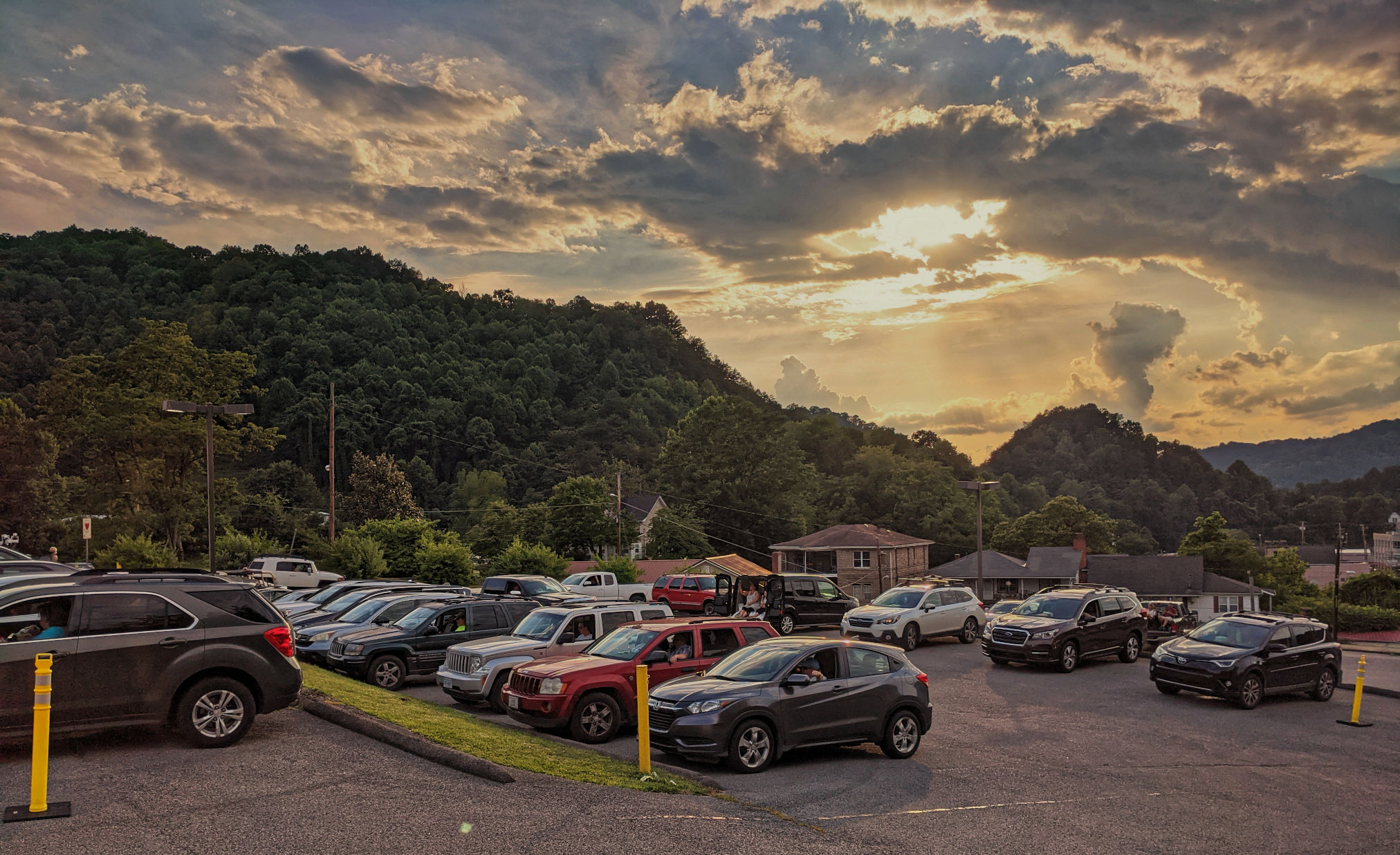 The scenery in downtown Whitesburg
